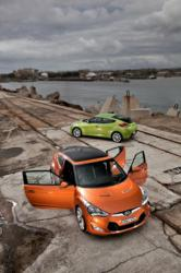 Hyundai Veloster and PLUS Exterior