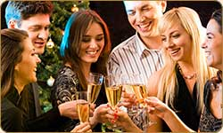 Enjoy Christmas without piling on the pounds - Christmas Wellness, weight loss and detox retreat.