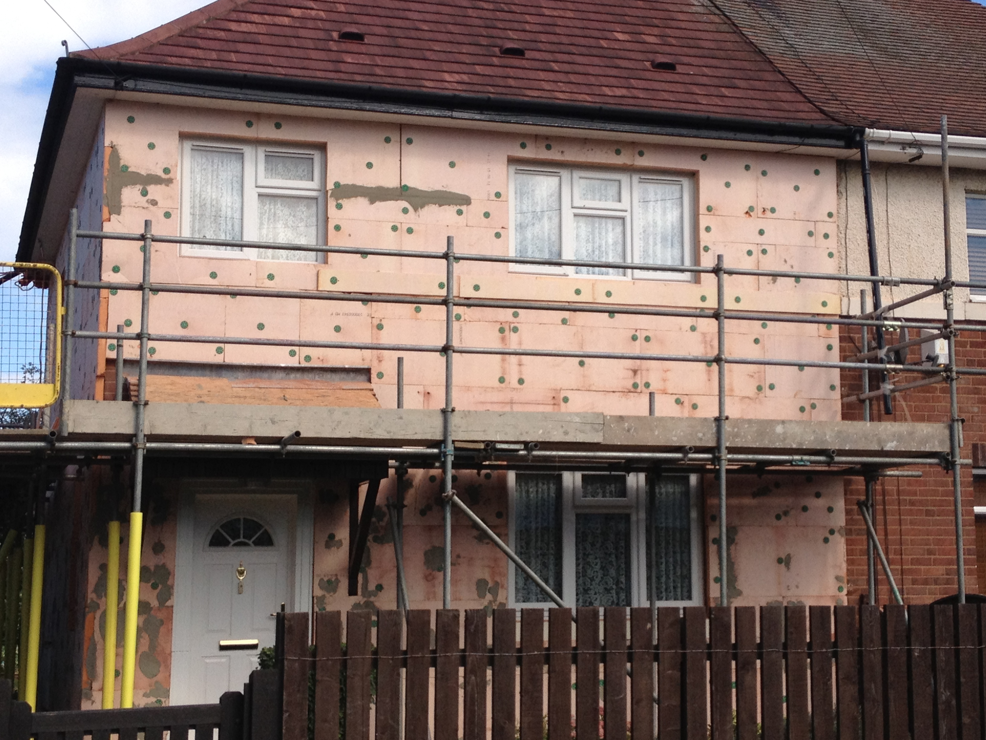 External House Insulation : External wall insulation contracts secure growth in