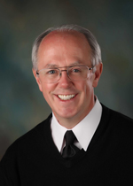 Kennewick Dentist, Dr. Dennis Park is dedicated to family dentistry such as Exams, Teeth Whitening, Veneers and more.