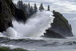 Storm watching, winter storms, Pacific Ocean, Columbia River, Willapa Bay, Long Beach Peninsula, Cape Disappointment, winter on the coast, lighthouse, Southwest Washington, Coast, Northwest