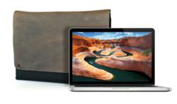 13-inch MBP Retina CitySlicker - CitySlicker shown in Grizzly brown leather