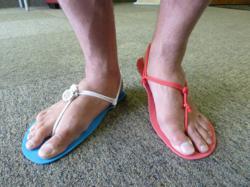 Barefoot running sandals inspired by Tarahumara huaraches shoes