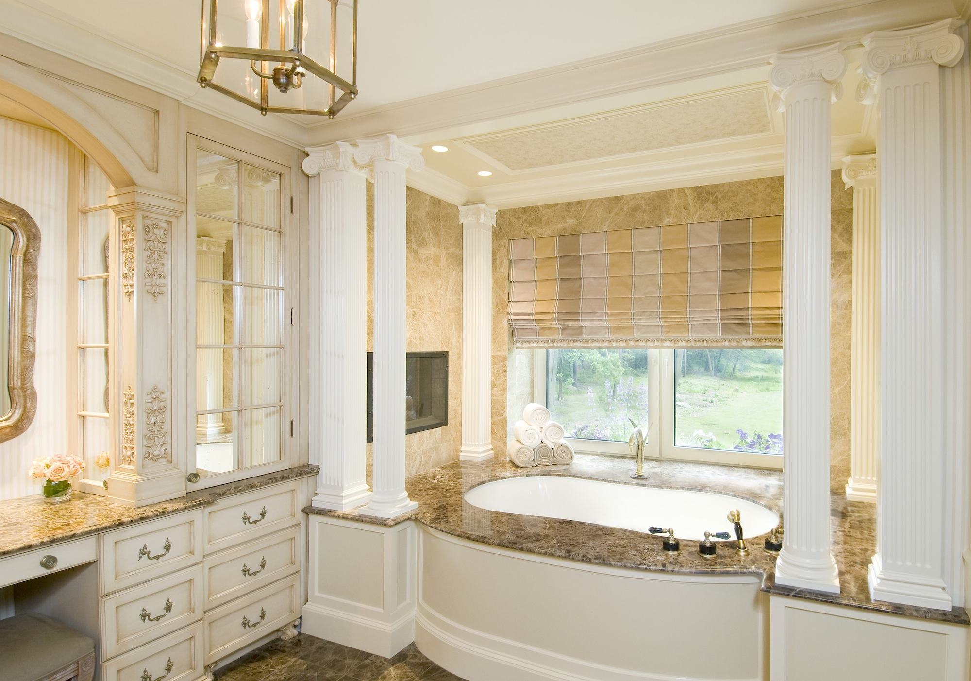 Luxury homes interior bathrooms - Classical Master Bath