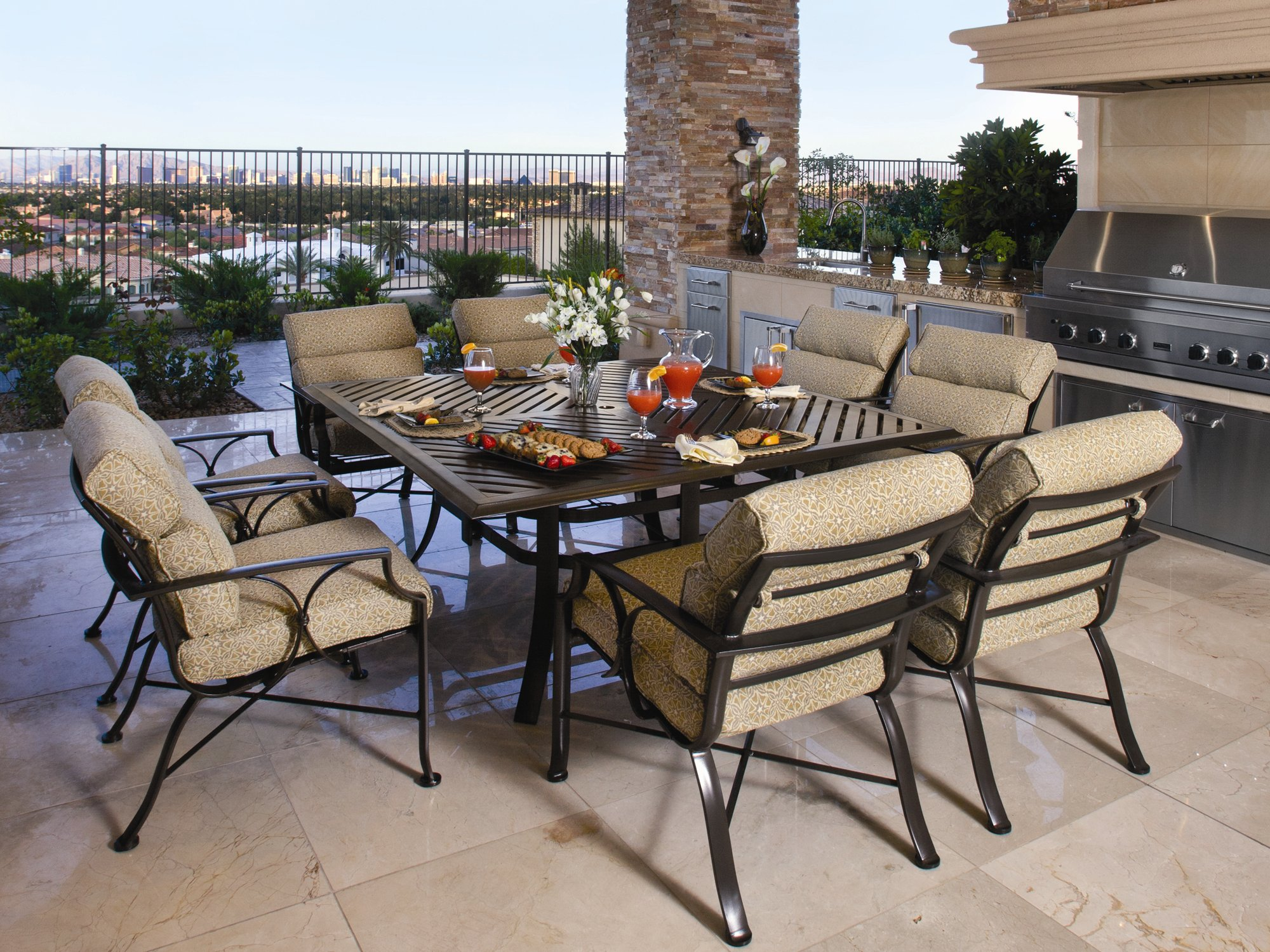 Adds winston furniture to its online for Winston outdoor furniture