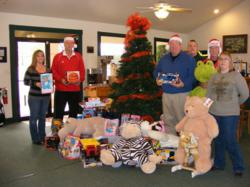 Golf fundraiser and toy drive for charity at Twin Lakes Golf Course, helps area children in Van Zandt County.