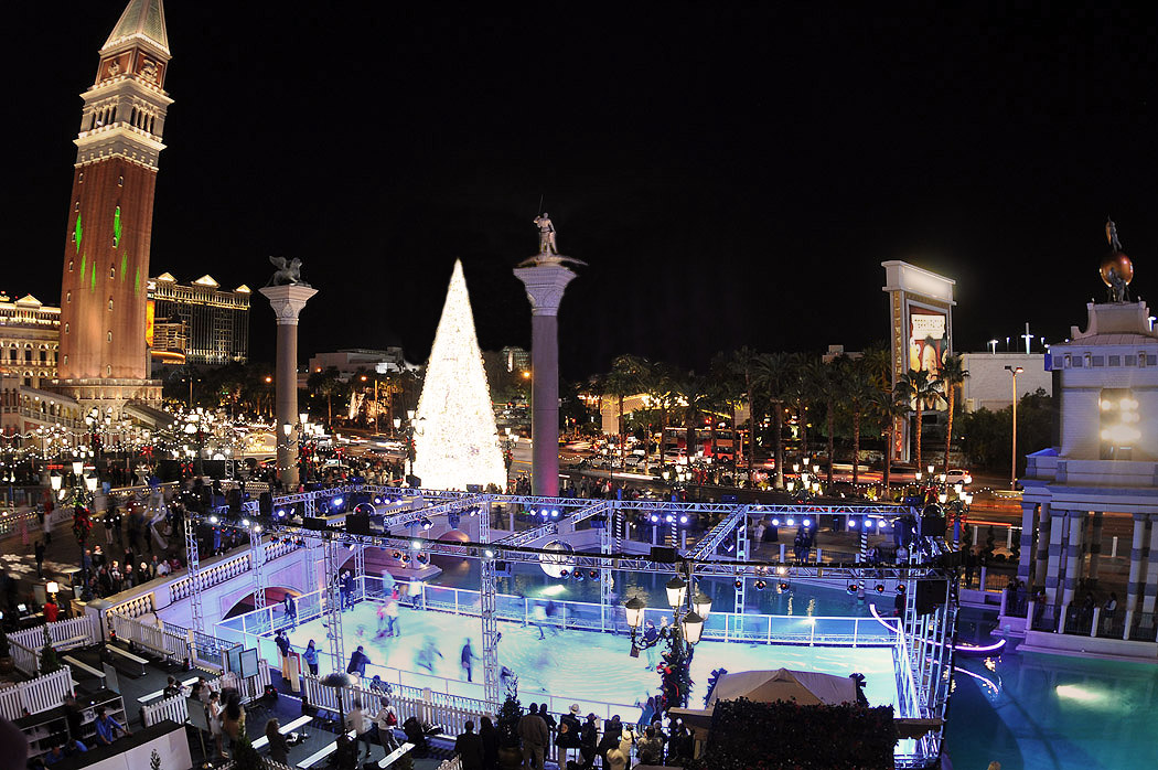 Christmas In Las Vegas The Venetian And The Palazzo Las