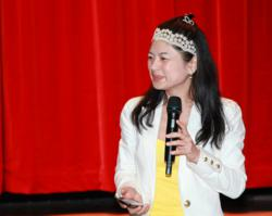 Marriage Expert Hellen Chen advising marriage for better health and wealth.