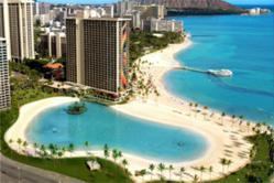 Hilton Hawaiian Village Weddings by Maui'd Forever