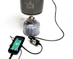 PowerPot charging smartphone