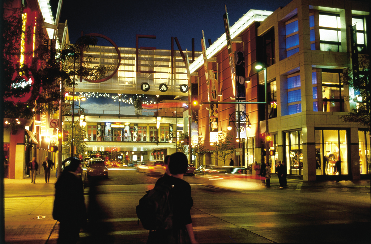 Value Added Denver Hotel Holiday Pers Package Includes Gift Cards To Favorite S