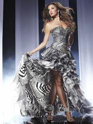 Prom dress, Sweetheart strapless