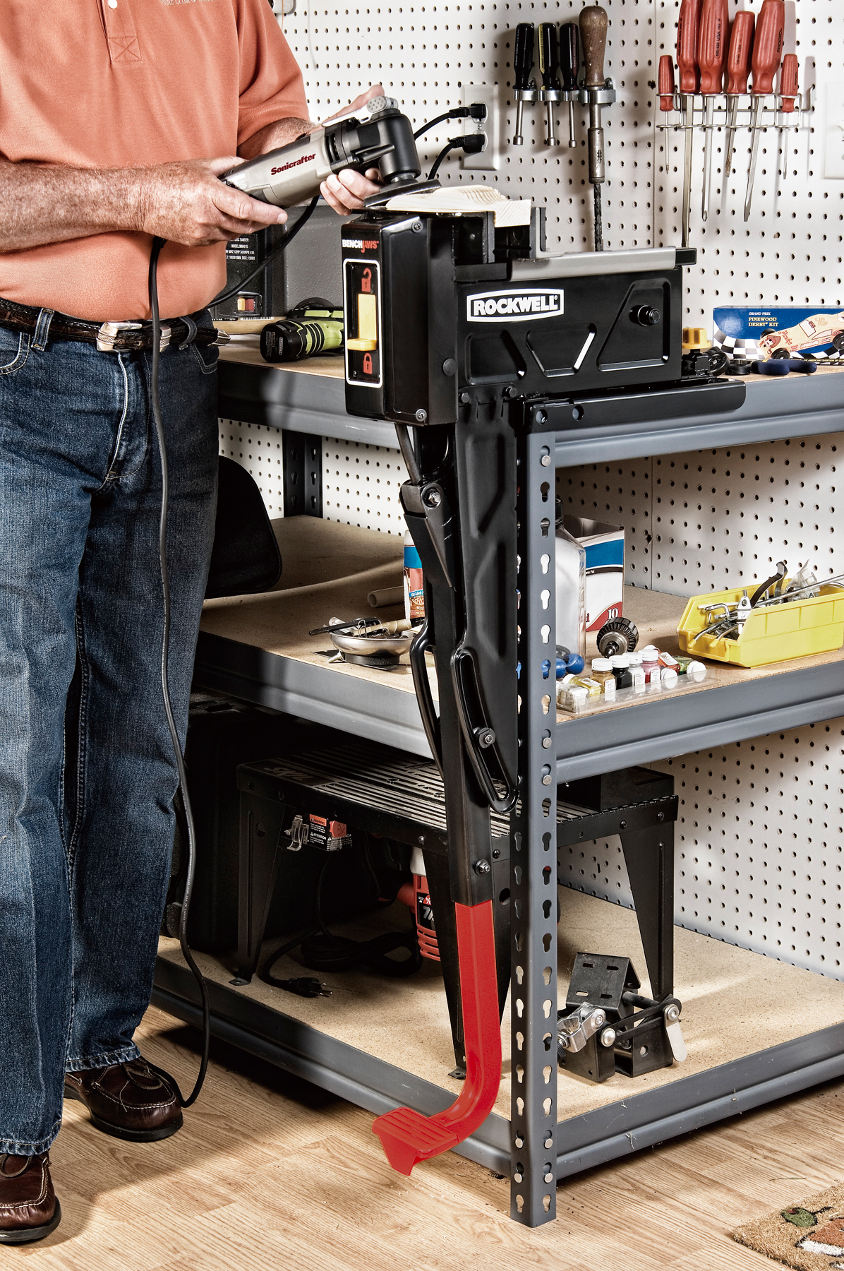 New Rockwell Benchjaws Joins Tools That Make Sense