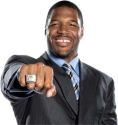 Michael Strahan will host the 2013 Bullseye Event Group Super Bowl Ultimate Tailgate