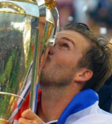 Ali Gilmore photographs David Beckham's Kissing his last MLS Cup