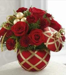 The FTD Season's Greetings Bouquet