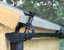 Easy Water Saving Universal Bracket for Sheds