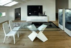 Sapphire Glass Dining Table From Rossetto