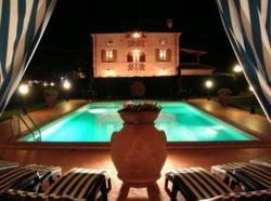 Tuscany Villa Photo Contest
