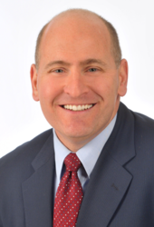Specialist in Refractive Surgery, Cataracts, Cornea and External Disease at Harvard Eye Associates and Clinical Assistant Professor, UCLA Jules Stein Eye Institute