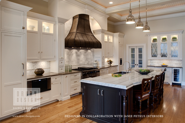 Top 50 american kitchen design trends award goes to drury for Kitchen designs american style