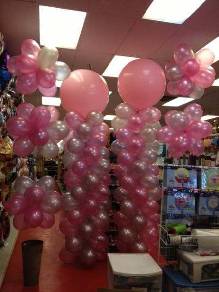Love is in the air filled balloons at wally s party factory for Balloon decoration for valentines day