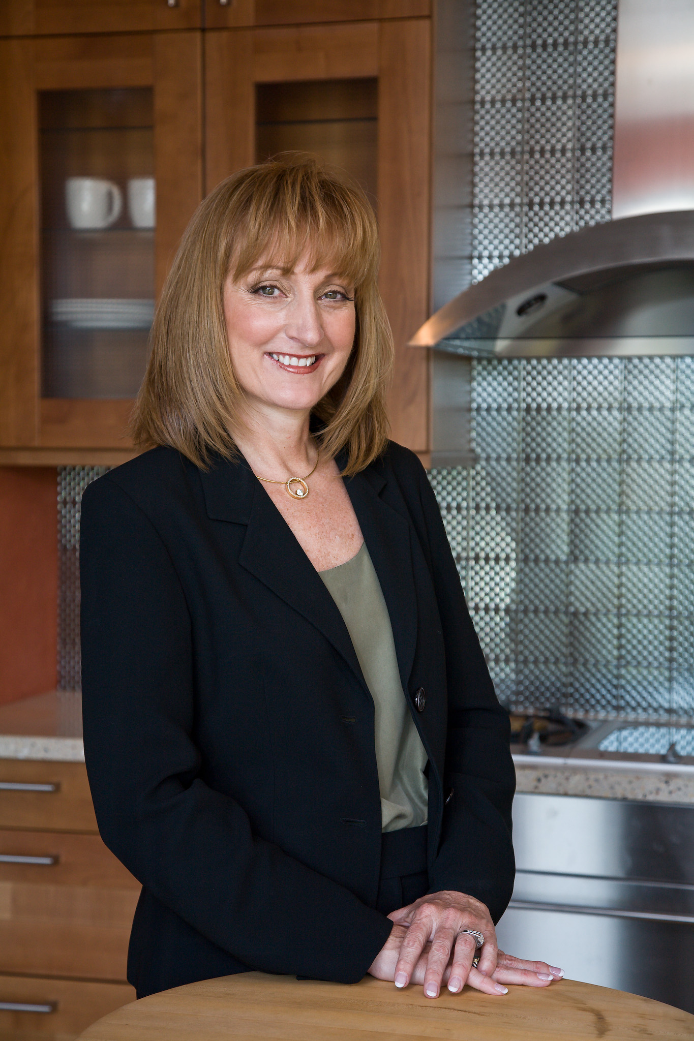 Wilmette kitchen remodel wins asid interior design award for Gail drury kitchen designs