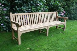chic teak supplies commemorative bench to andrew strauss england cricket captain chic teak furniture