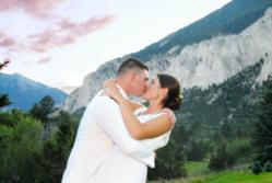 Free gift of rafting to brides and grooms married at Mt. Princeton Hot Springs Resort.