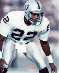 Mike Haynes, HOF CB for Raiders nfl