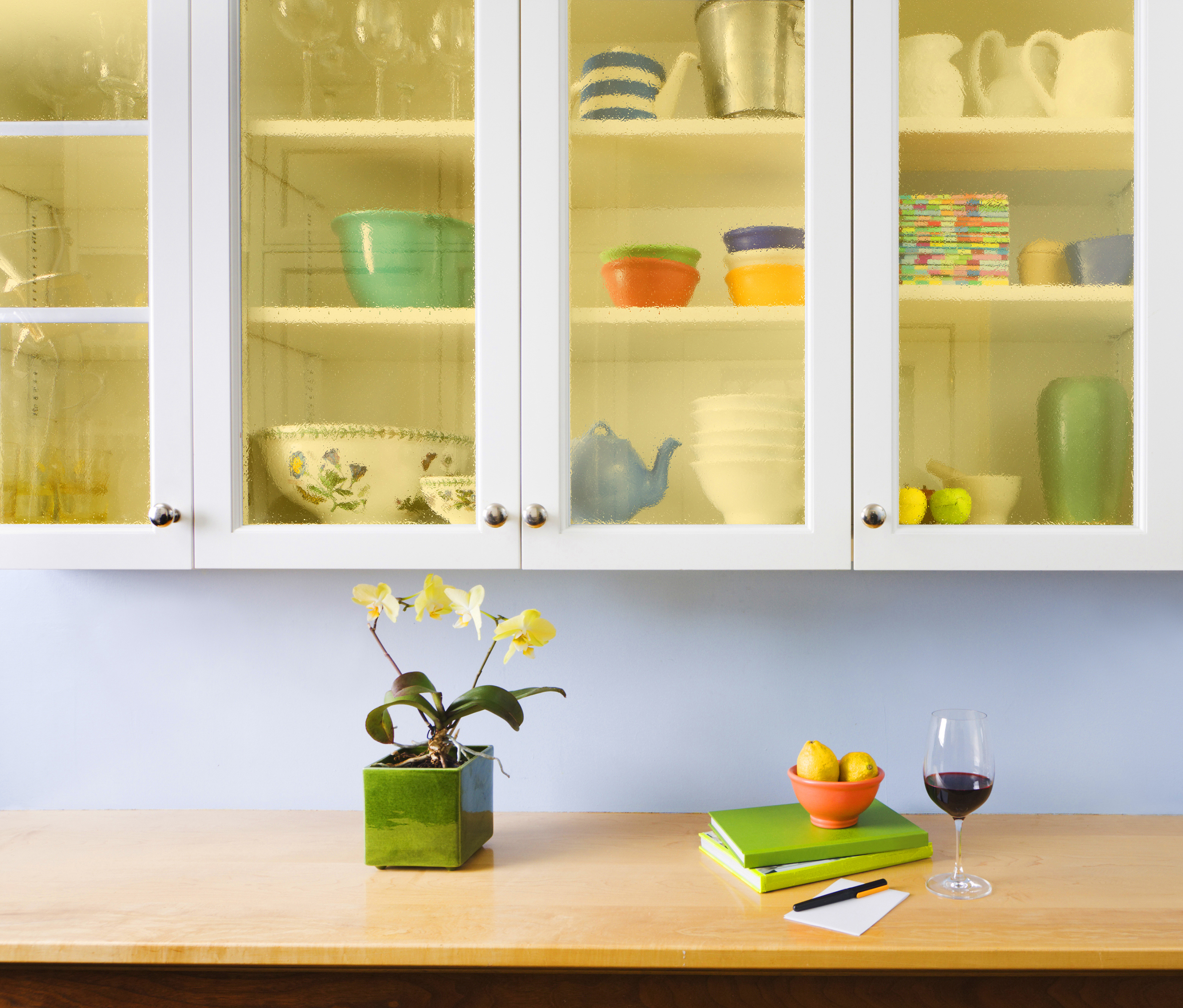 Do-It-Yourself Kitchen Cabinets Makeover: How To Install