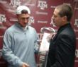 CFPA Executive Director Brad Smith presents Manziel the award