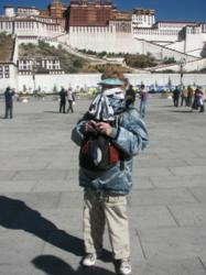 American tourist travelling in Lhasa, Tibet