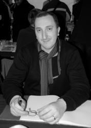 Bestselling author David Khara