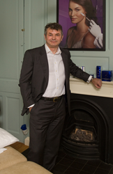 Dr John Tanqueray