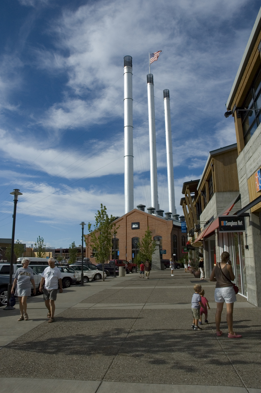 new shops open and expand in bend  oregon at the old mill