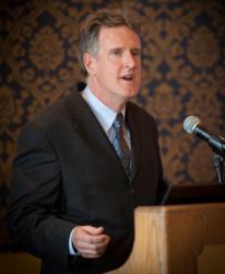 PLF's Jim Burling speaks to OCA Members after receiving the 2013 Crystal Eagle Award.