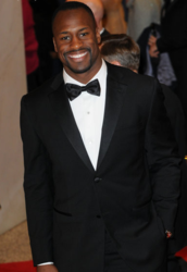 49ers Vernon Davis Making the Cut as One of the Most Stylish Players of Super Bowl 2013