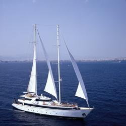 IE's Turkey & Greece guests cruise aboard the Panorama II