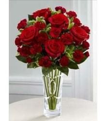 The FTD Sweethearts Valentine's Bouquet