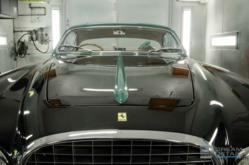 1952 Ferrari 212 Vignale Reflection Shot