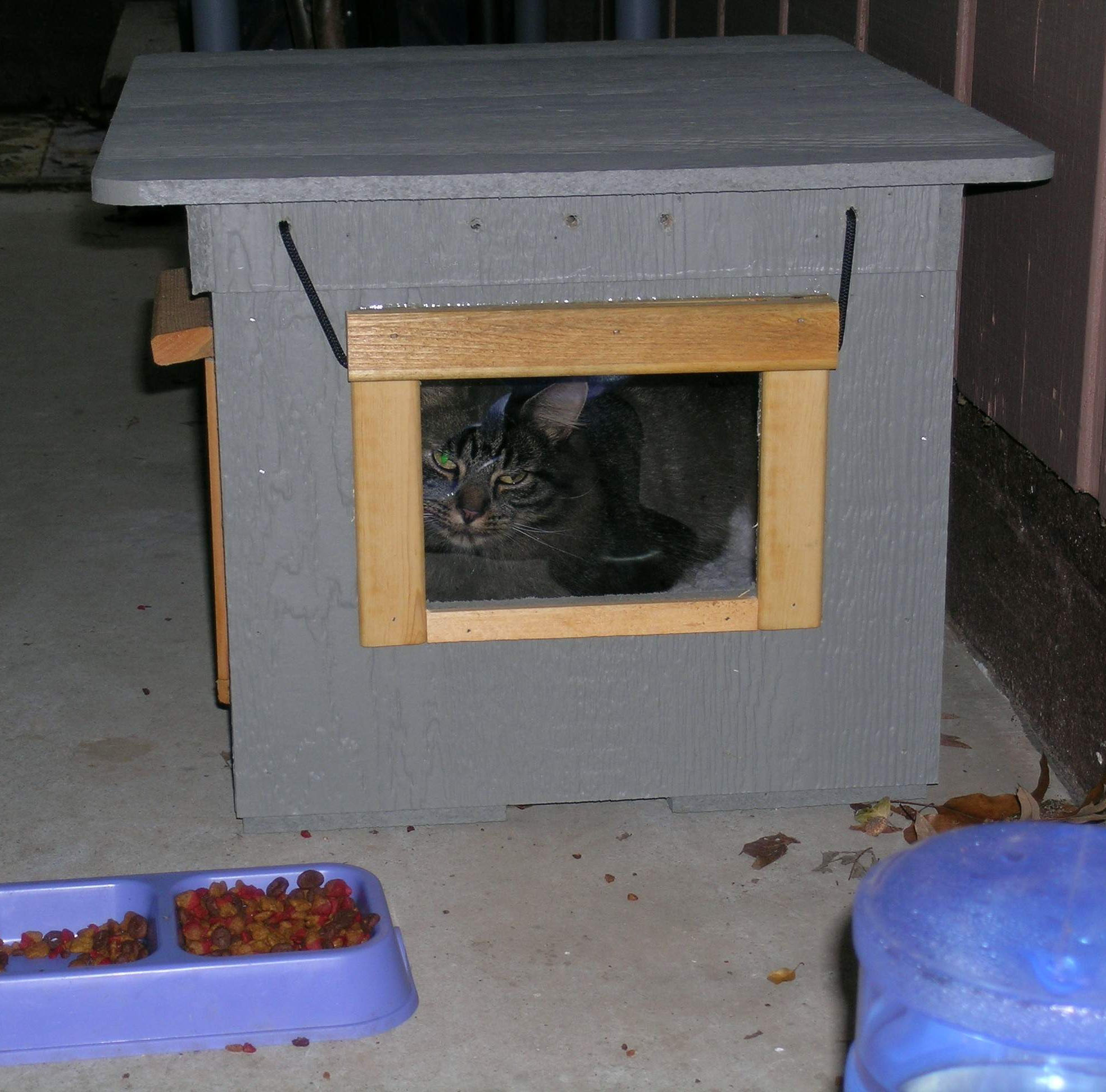Outside Cat House For The Outdoor Cats3 Cat Tree House