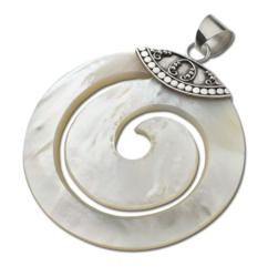 Swirl Cut Shell Pendant with Jawan Silver Cap