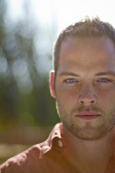 Tyler Stenson, Portland singer songwriter