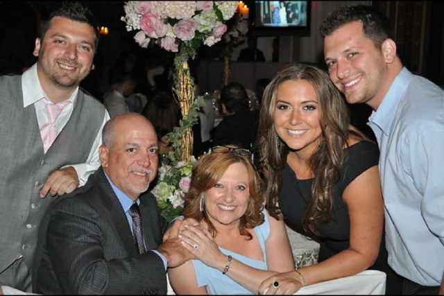 Real Housewife Caroline Manzo Amp Family Launching Let Me