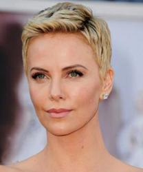 Charlize Theron Red Carpet