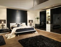 Portofino high gloss fitted bedroom