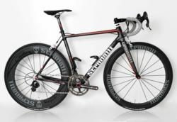 Stradalli R7 Carbon Bike