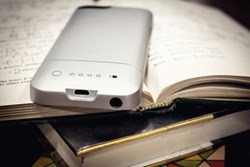 Best iPhone 5 Battery Cases in 2013