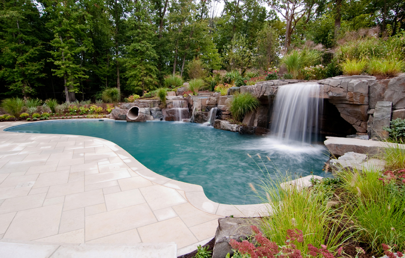 Inground Swimming Pools with Waterfalls